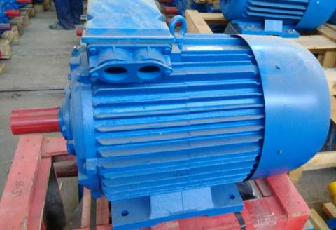 Купить электродвигатель АИР132М4 (АДМ132М4) в Ставрополе